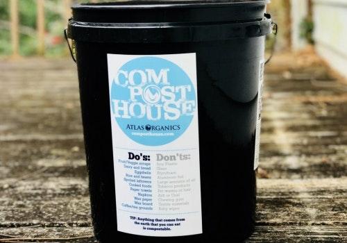 Compost house bucket